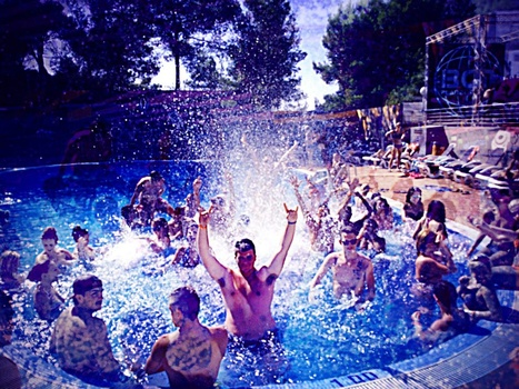 Pool Parties at Marina Barracuda